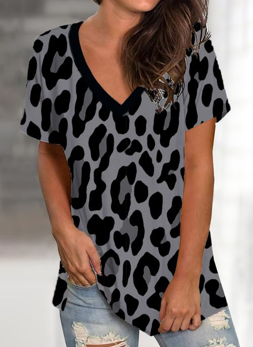 Leopard Casual V-Neckline Short Sleeve Blouses